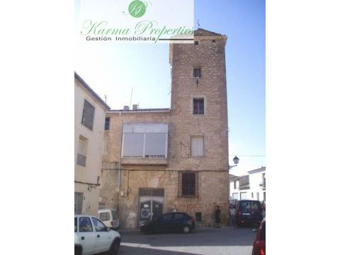 Projects / Investments - For rent long term - Benasau - Pueblo