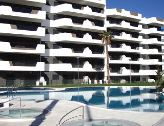 Apartment in Arenales del Sol, Alicante, Spain