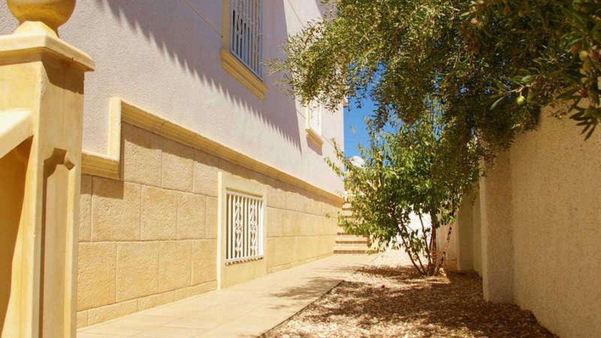 Villa in Rojales, empty, Spain